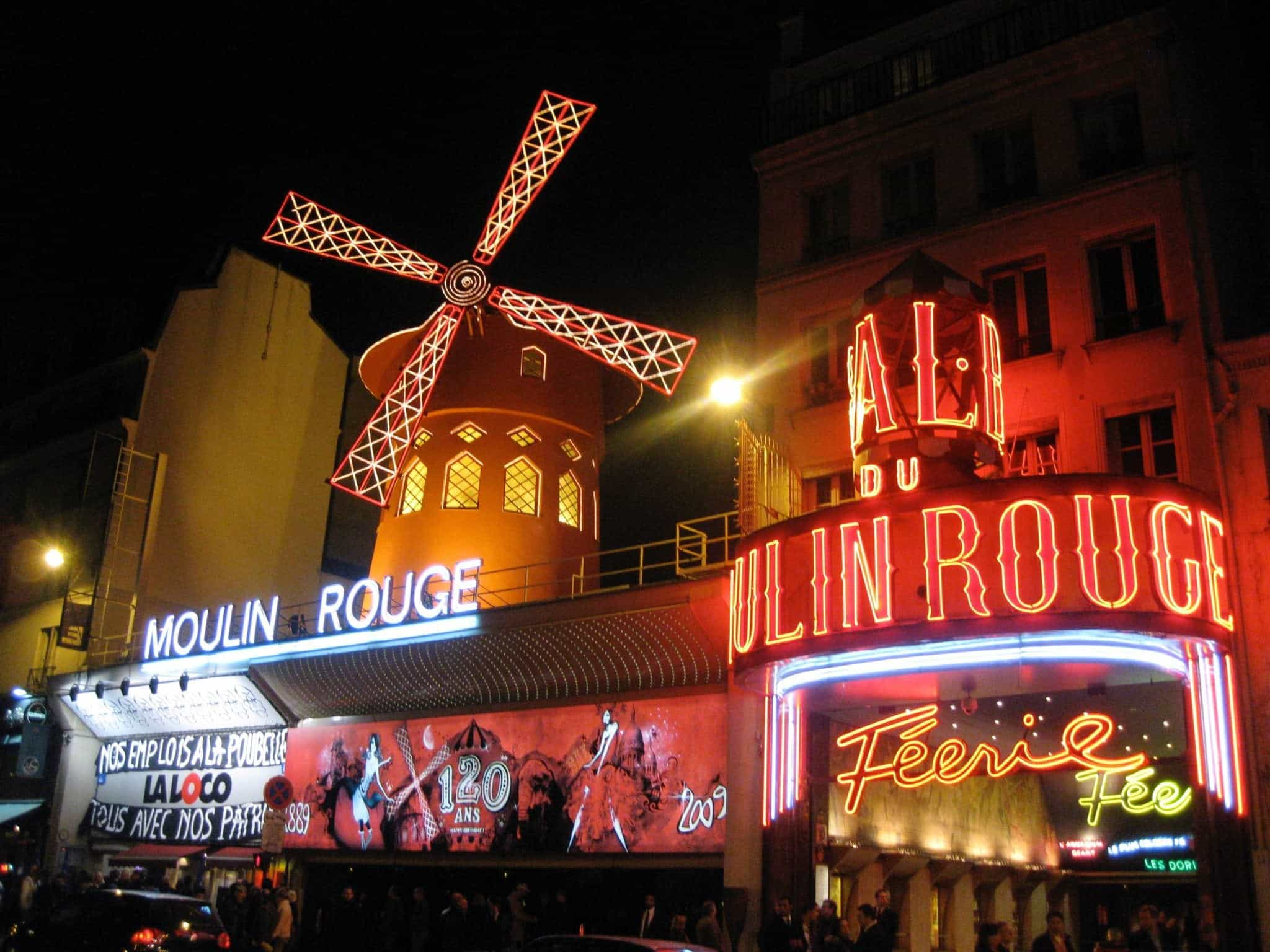 Paris Itinerary: Moulin Rouge