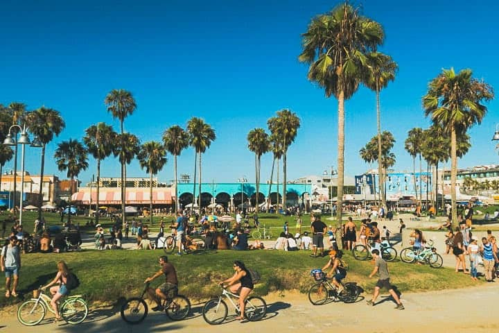 fun activities in Los Angeles: 26-Mile Bike Path