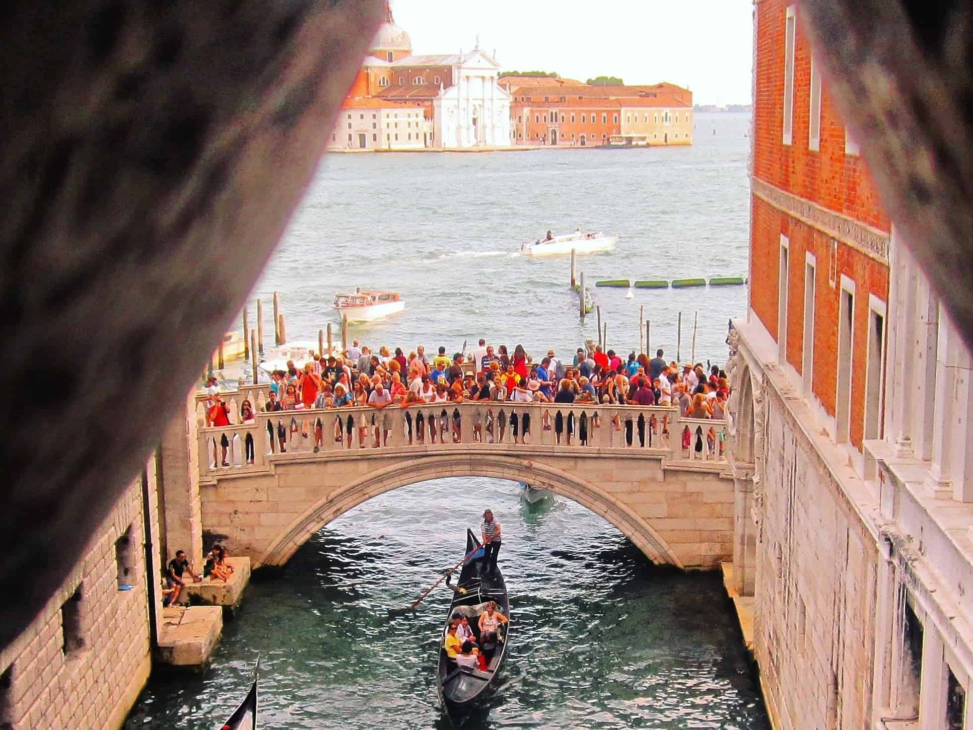 "Bridge of Sighs Venice, Italy in ""Best Hostels in Europe for Solo Travelers & Backpackers"""