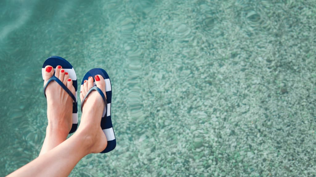 best water shoes for rocky beaches are not flip flops!