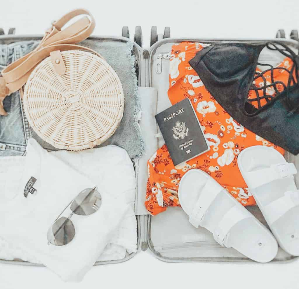 summer travel capsule wardrobe