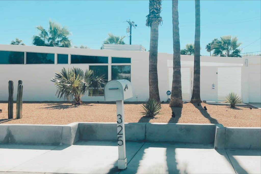 Palm Springs Archtitecture Home Tour