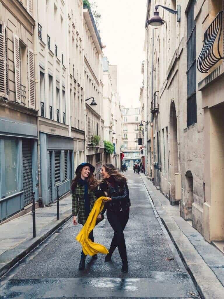 girls trip in Paris